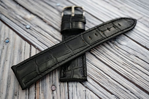 Classic Black Crocodile Grain Leather Watch Strap