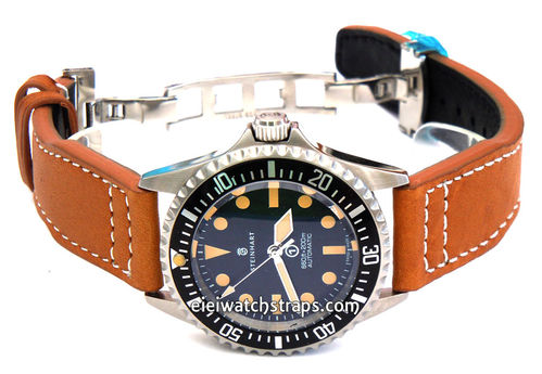 Aviator 22mm Tan Brorn Calf Leather watchstrap on Deployment Clasp For Steinhart Ocean Vintage