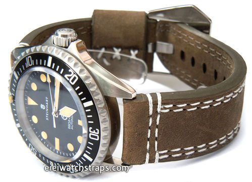YiPan 22mm Green Leather watchstrap White Stitched For Steinhart Ocean Vintage Military