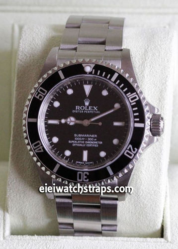 SOLD Rolex Oyster Perpetual Submariner 14060M