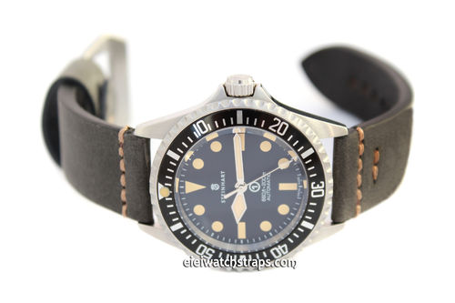 22mm Handmade Aged Black Genuine Leather watch strap For Steinhart Ocean Vintage Military