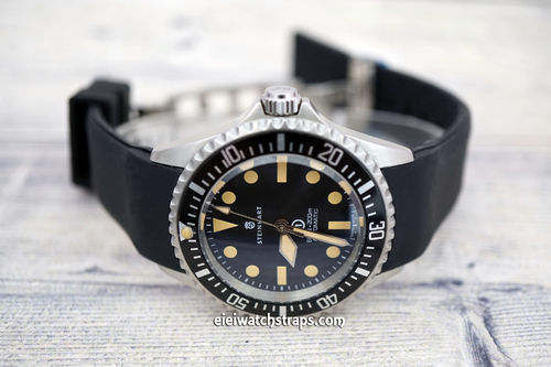 Steinhart Ocean Vintage Military S-Tech Divers Curved Lugs Rubber Watch Strap Deployment Clasp