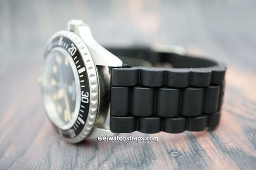 Steinhart Ocean One High grade 22mm black silicon rubber oyster pattern