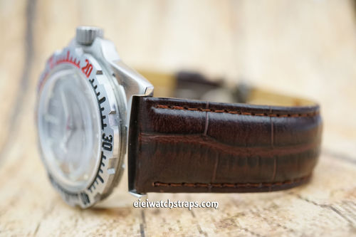 Vostok Amphibian Crocodile Oval Grain Leather Watch Strap on Tang Clasp