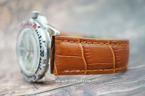 Vostok Amphibian Brown Crocodile Padded Leather Watch Strap Butterfly Tang Clasp